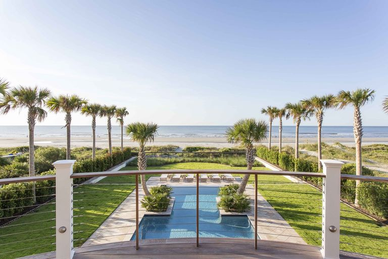 Beachfront pool timeless IOP, herlong architects