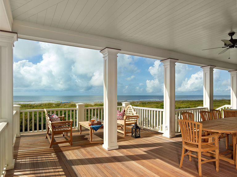 Ocean facing porch with dining area