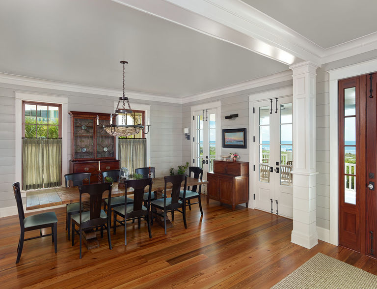 Open concept: Dining Room